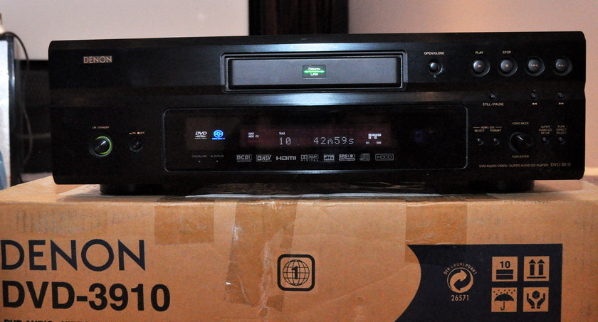 Denon DVD-3910  DVD Player Plays CD, SACD & DVD-A W/remote(was $1500)