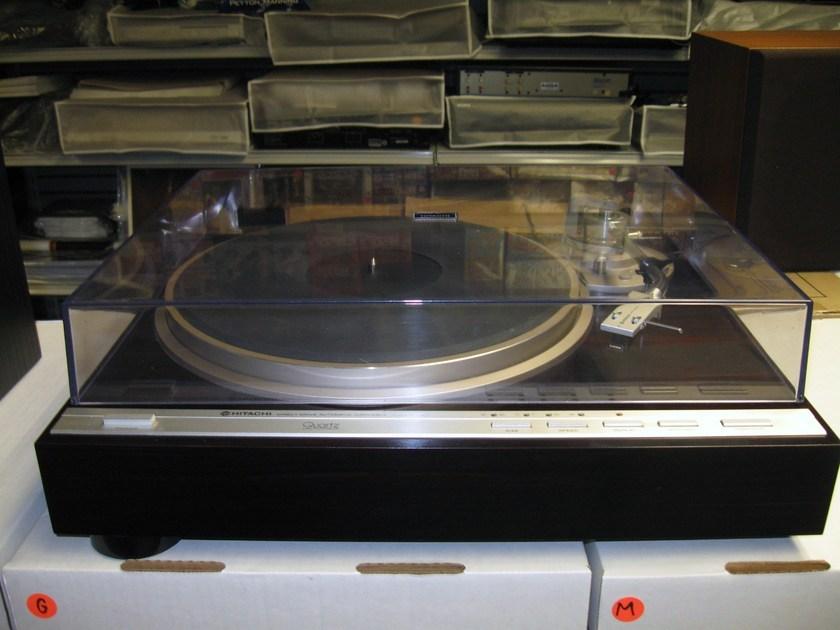 Hitachi HT-561 Automatic Direct Drive Quartz Lock 1980's Japanese Turntable Excellent   Condition