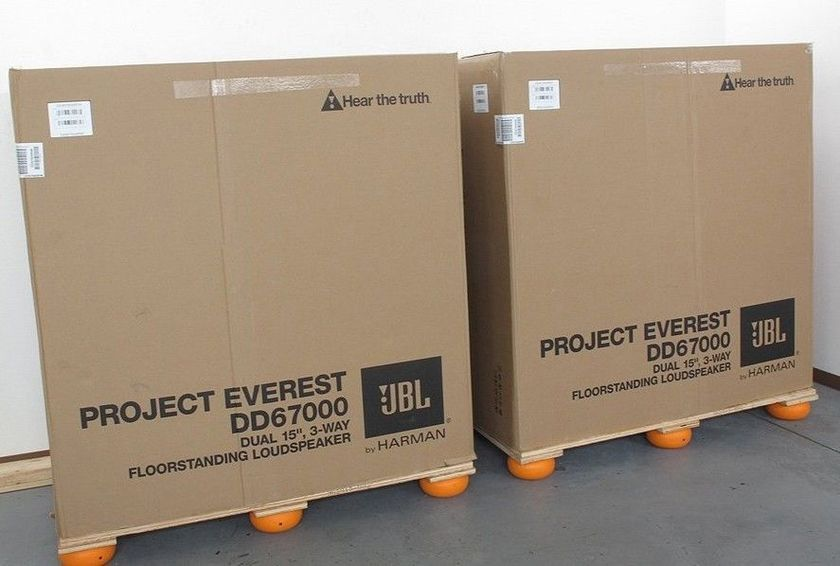 JBL Synthesis Everest DD67000 Brand new in box, cherry wood