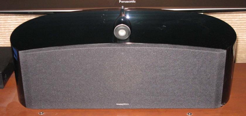B&W Bowers & Wilkens HTM2 Diamond Center speaker in Gloss Black
