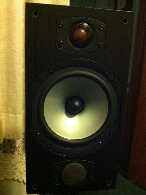 Monitor Audio  M2 Mint Condition Black Ash