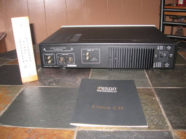 Unison Research Unico CD cd w/dig input    lowered $300