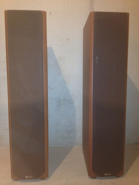Axiom m80Ti Floor Standing Speakers