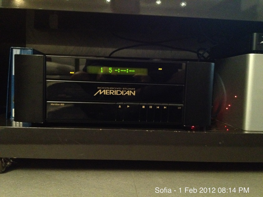 Meridian 800 V4 DVD Audio / Video Computer V4