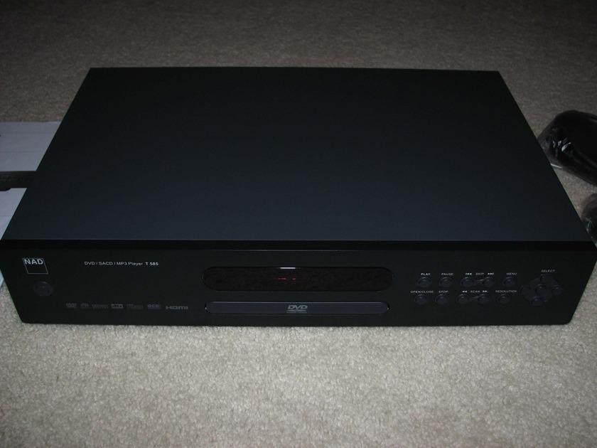 NAD T585 Universal CD DVD Player