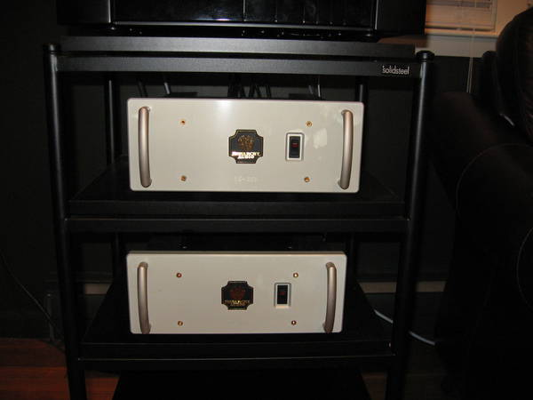 Monarchy Audio SE250 Hybrid power amplifier reduced fs