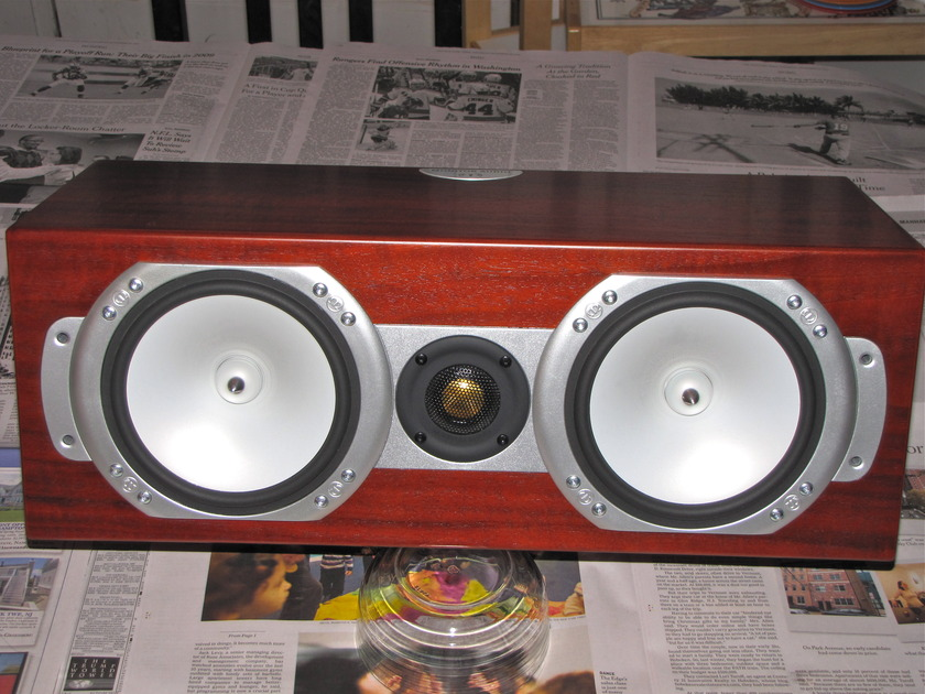 Monitor Audio RSLCR Rosewood, Ex Cond. Center Channel