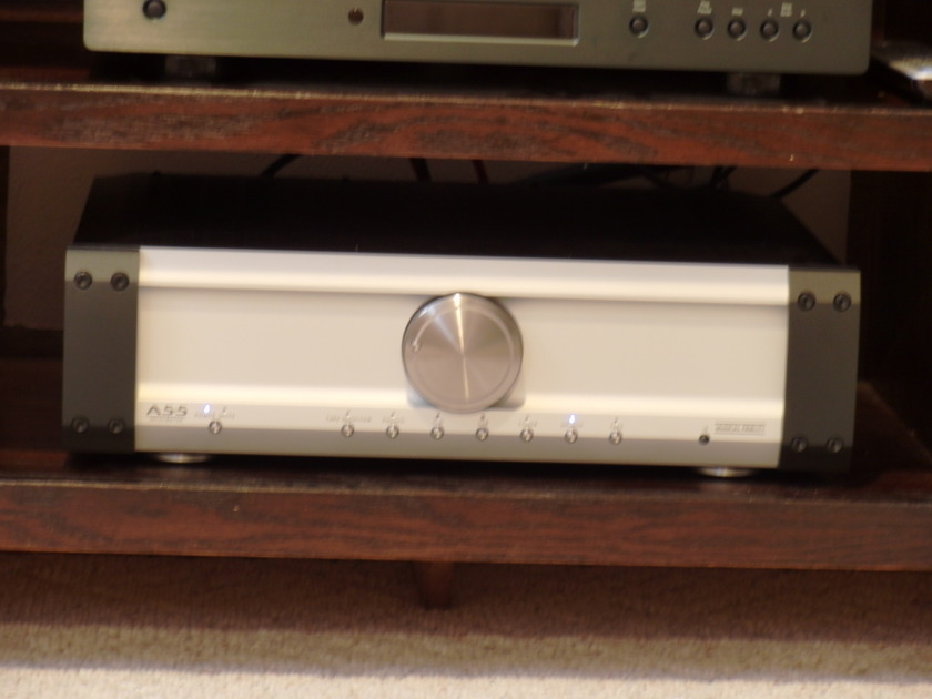 Musical Fidelity A5.5 Integrated