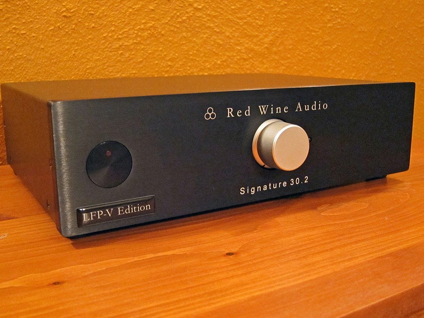 Red Wine Audio Signature 30.2 LFP-V Integrated Amplifier