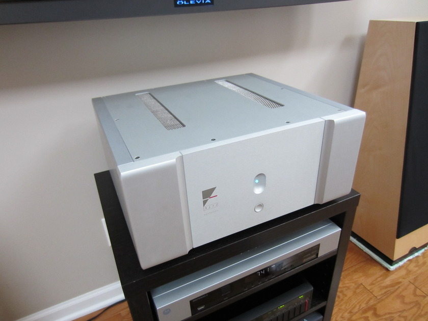 Ayre V-5xe stereo power amplifier