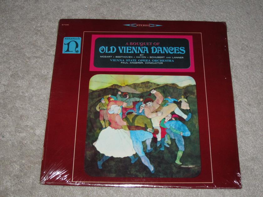 Nonesuch (Sealed) - H-71141 Old Vienna Dances