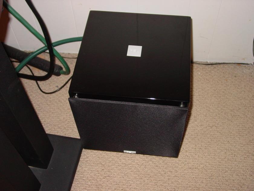 REL Acoustics T 7 Beautiful Piano Black