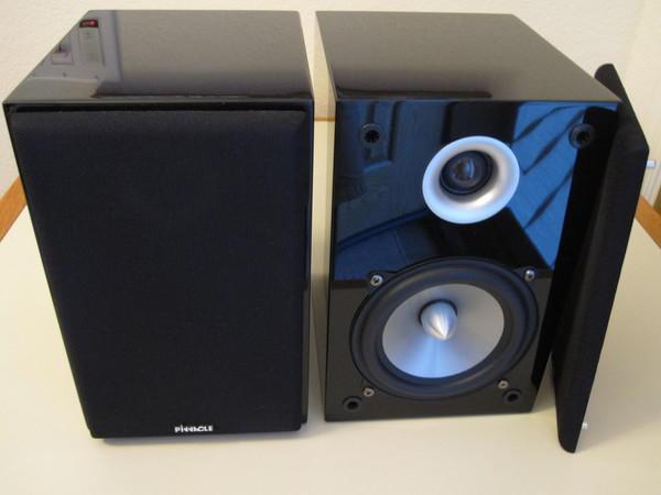 Pinnacle BD500 Monitors piano black - brand new !