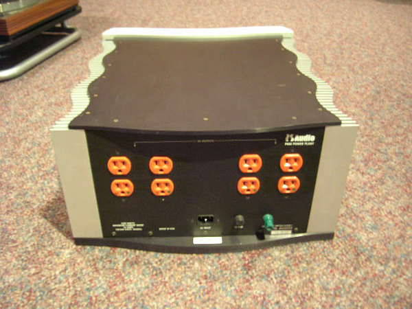 PS Audio P-600 A/C Regenerator w/multiwave 120v  Price Drop