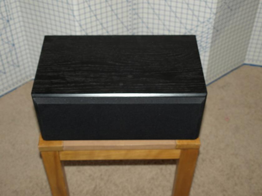 Von Schweikert  Black LCR-15 Center Channel Speaker
