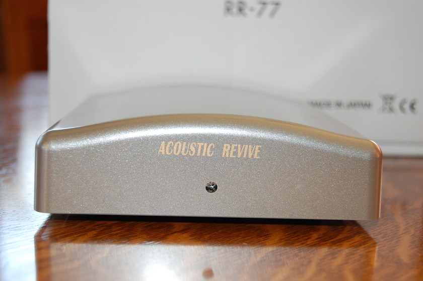 Acoustic Revive RR-77 Ultra Low Frequency Generator