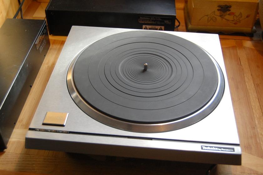 Technics SP-10 mk2  -The unbeatable Classic-