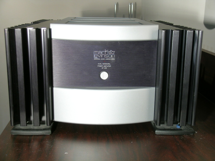 Levinson No. 335 250 w/ch power amp