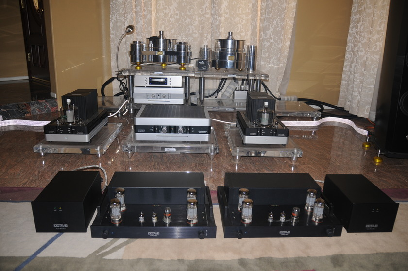 OCTAVE AUDIO MRE 130 MONO BLOCK TUBE AMPLIFIER UPGRADED WITH SUPER BLACK BOX POWER SUPPLY