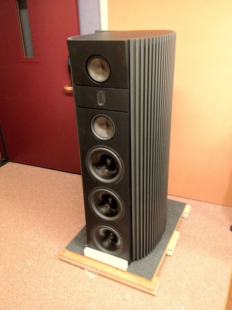 Magico Model 6 Univ. of Denver Magico Model 6 Like New