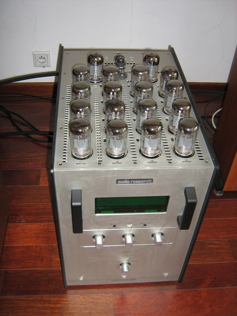 Audio Research REF 610T like new