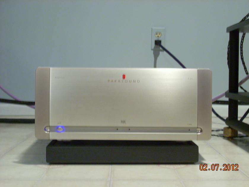 Parasound Halo A21 Amplifier