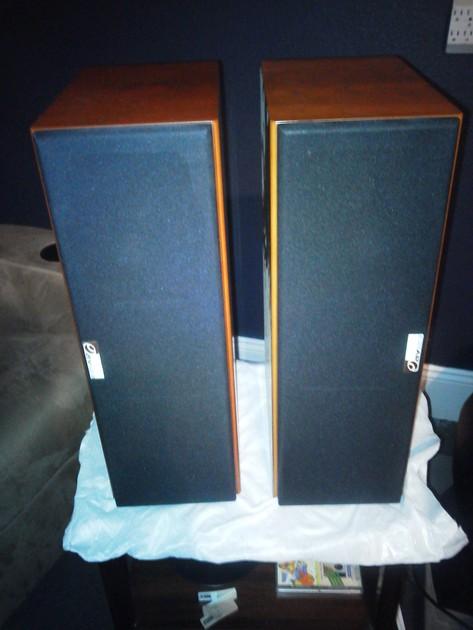 Pair AV123  ELT-525C CHERRY CENTER CHANNEL BOOKSHELF MONITOR SPEAKERS
