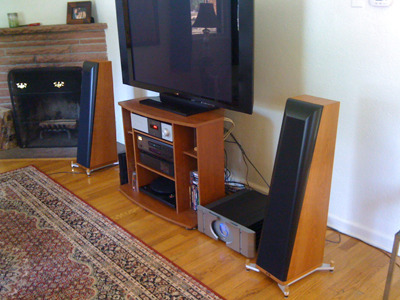 Thiel 1.6 Coherent Source Speakers With Outriggers