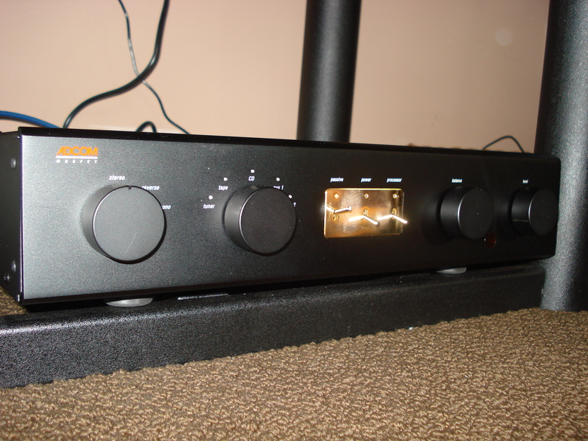 Adcom  GFP-750 Solid State Preamp