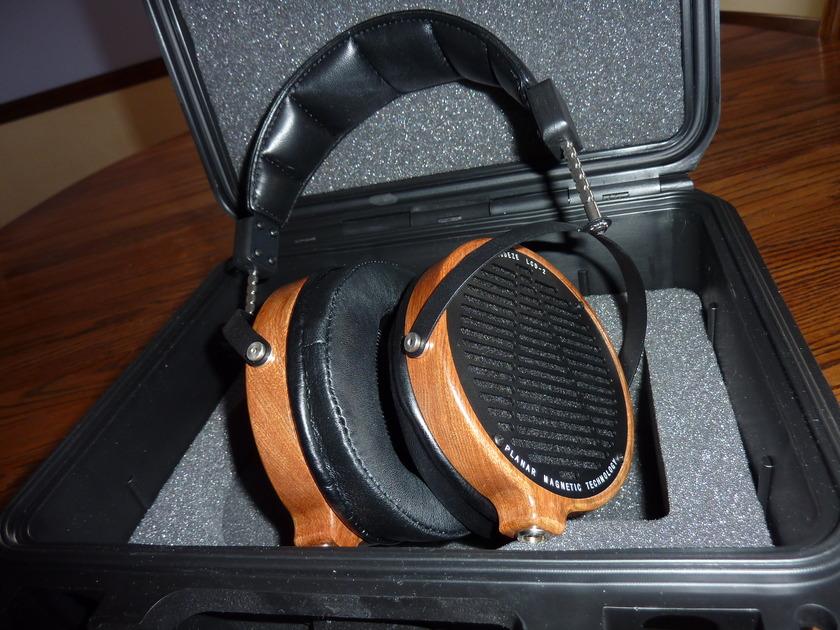 Audez'e LCD-2 Planar -magnetic headphones