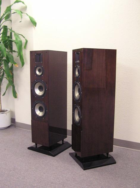 Jaton A&V-803 REAL Floor Standing Speaker