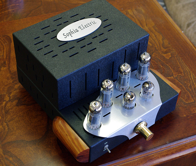 Sophia Electric Baby amplifier with all tubes