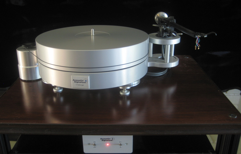 Acoustic Signature Challenger MK II Turntable with Rega 301