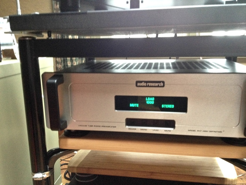 AUDIO RESEARCH PHONO STAGE PH-7 WITH FACTORY UPGRAGE