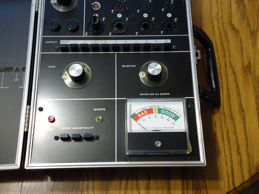 B&K  607 SOLID STATE TUBE TESTER CALIBRATED EXCELLENT !!