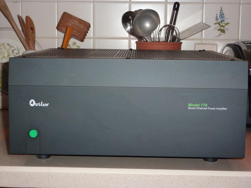 Outlaw Audio 770 7 Ch x 200 8ohm Amp