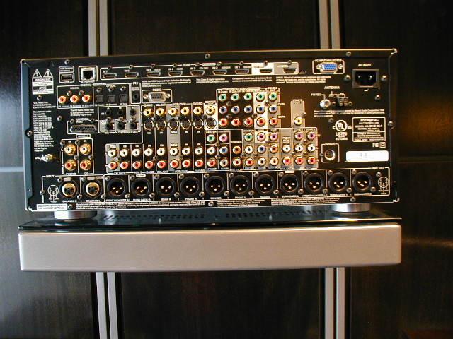 Integra DHC 80.1 AV processor