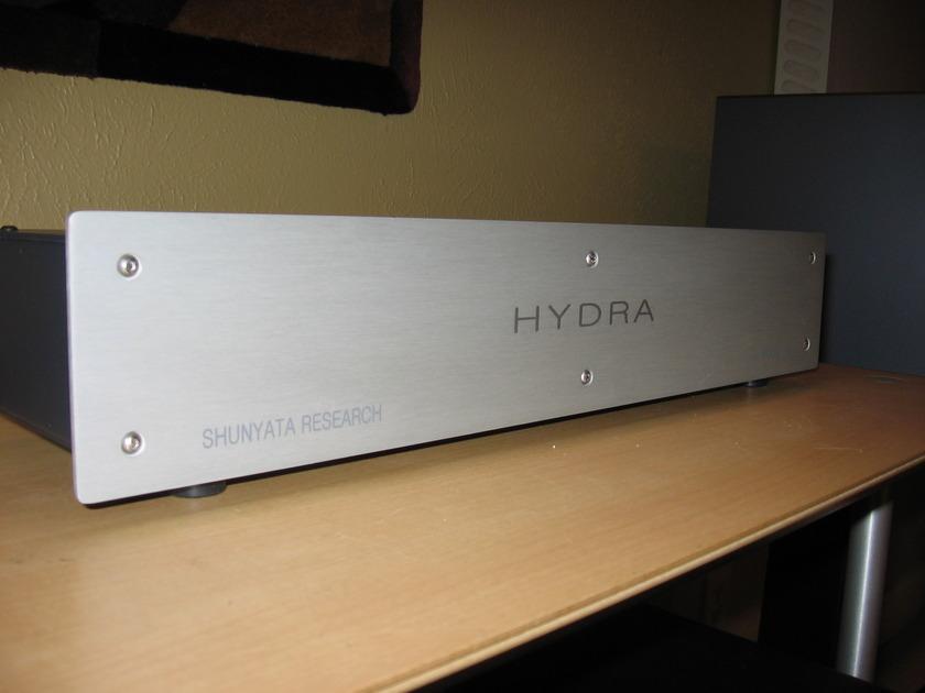 SHUNYATA  HYDRA 6 POWER CONDITIONER