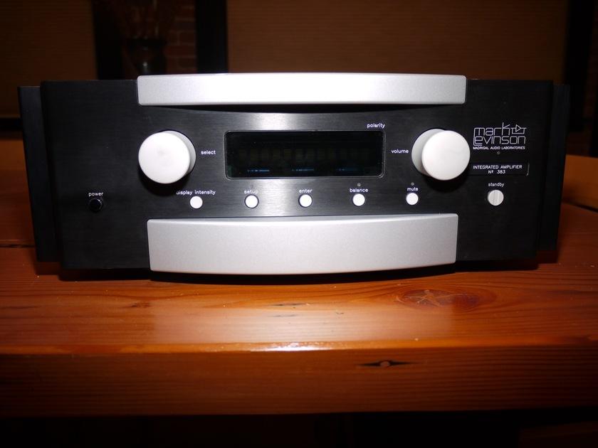 Mark Levinson 383 amplifier