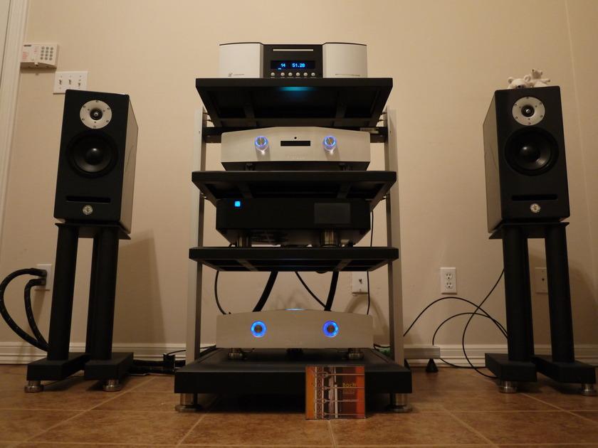 Chapter Audio Preface Plus & Couplet  Pre, Power amps
