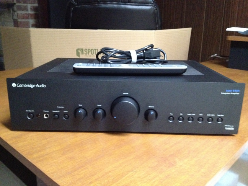 Cambridge Audio Azur 640A V2 Integrated Amplifier