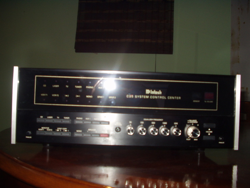 Mcintosh C-35 Preamp in good condition