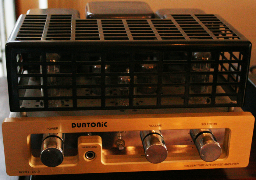 DUNTONIC  TU-2i (EL-84) Vacum Tube Integrated Amplifier