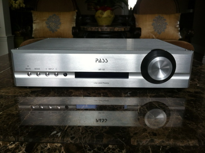 Pass Labs XP-10  Excellent condition