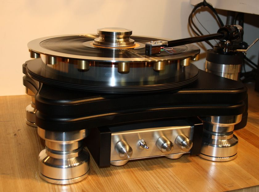 TTWeights Turntable MOMENTUS Tri-Belt/Adjustable VTA Pod WOW !! Save 40% buy at DEALER PRICE, one only !