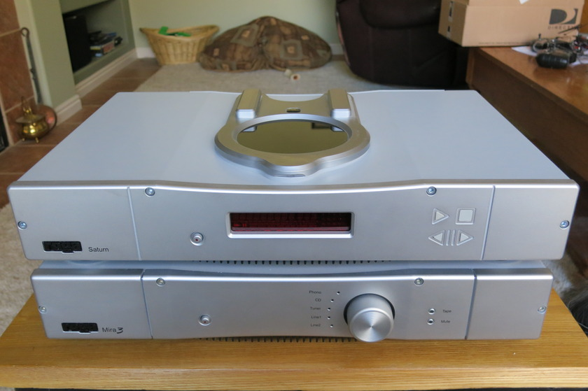 Rega Saturn CD Player - Silver Store Demo - Perfect!