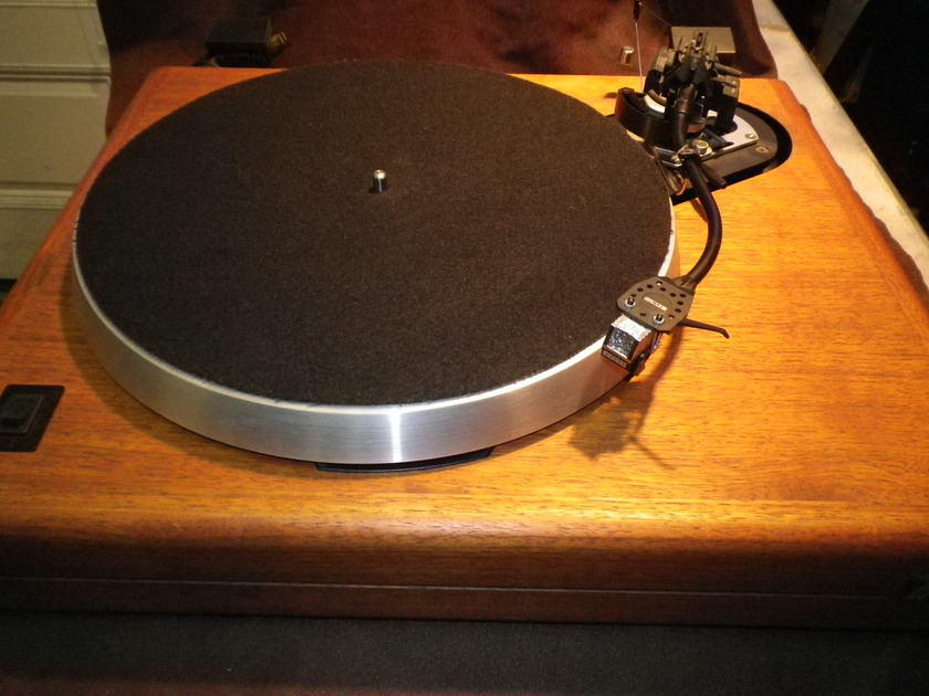 Acoustic Research, AR ES-1 with SME Series III (3) Tonearm Mint Condition