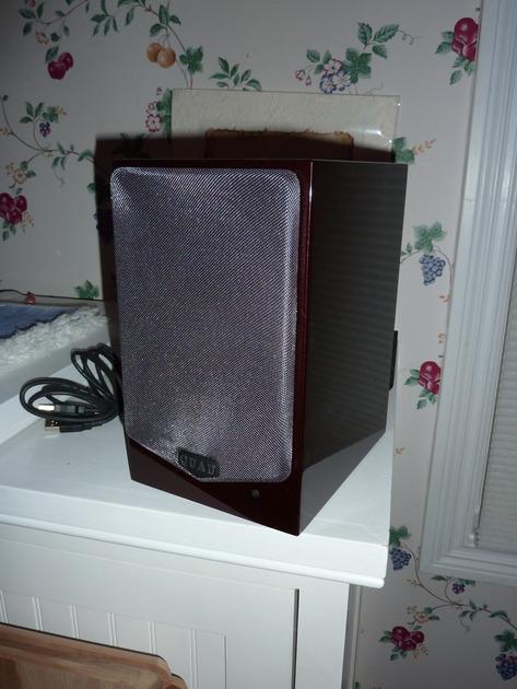QUAD  9L 5 active speaker pair