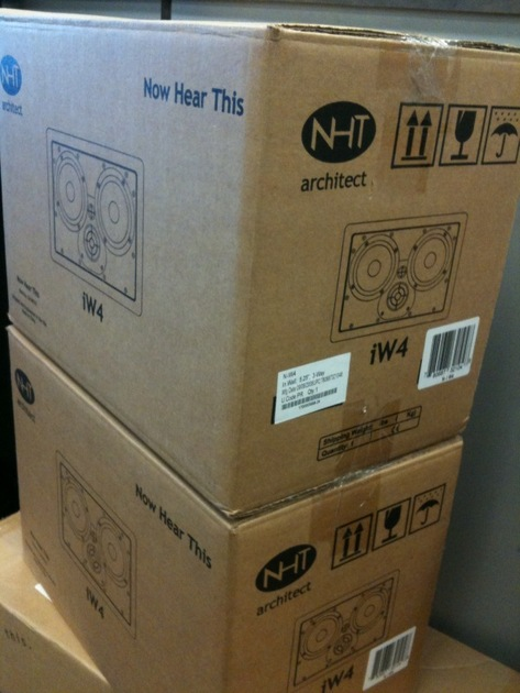 NHT  IW4 (2) Aluminum Driver/3-Way Dual/ In-Wall Speaker