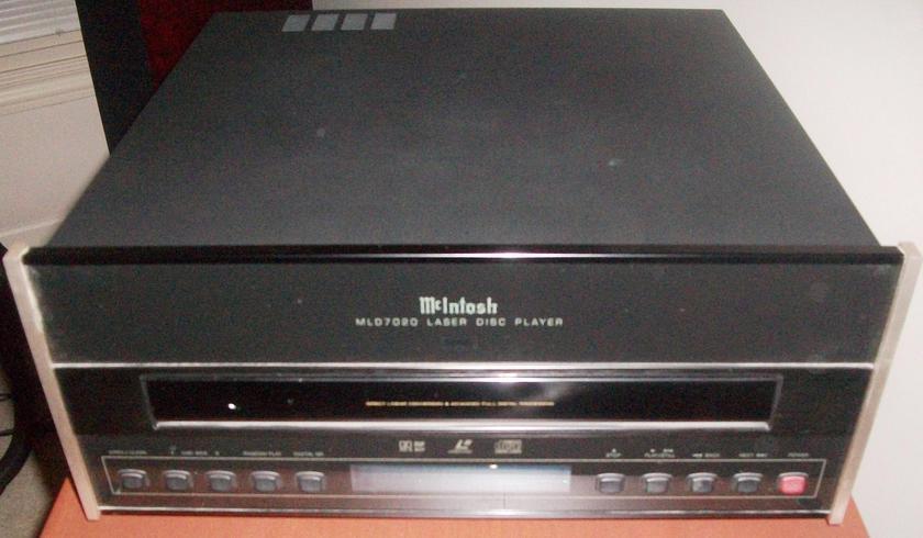 McIntosh MLD 7020  Laser Disc Player